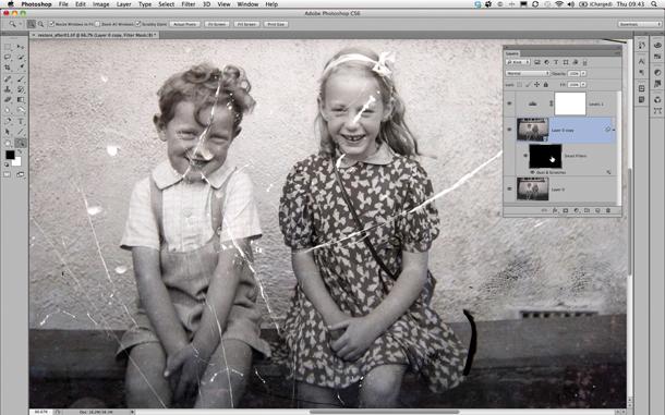 Oude foto's herstellen: hoe u vintage afdrukken en familiefoto's kunt redden